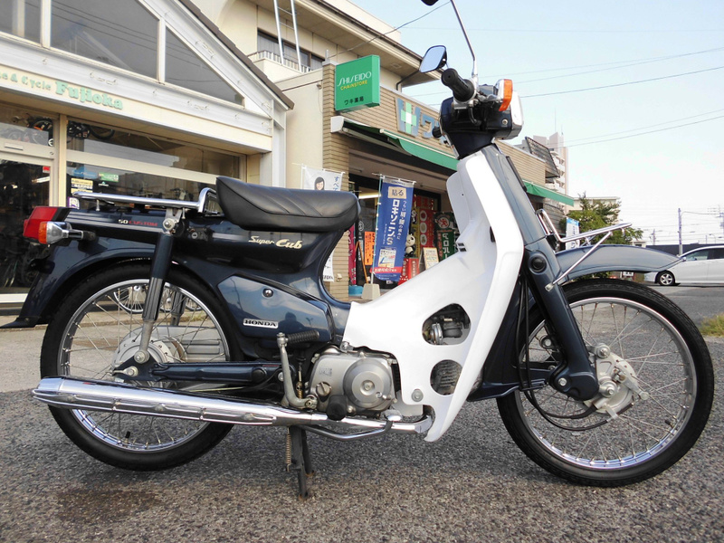 スーパー カブ 50cc 遊びゴコロをのせて走ろう。クロスカブ50