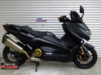 T-MAX530 DX ABS