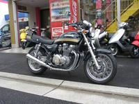 ゼファー750RS