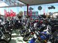 店舗も明るくバイクも見やすい!買い取りも頑張ります!!カスタム車は査定up!!