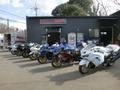 ショウルームには、東京モーターサイクルショウに展示された車輌などが並んでいます。