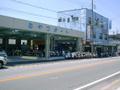 JR大久保駅から600m。休業日は火曜日です。
