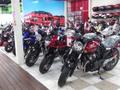 ホンダブースでは最新車両からホンダオリジナルグッズの販売を行っております!