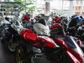 人気のオートバイやヘルメット等の用品が勢揃い。ごゆっくりご覧ください。